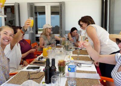 Wine walk Champagne breakfast at Dutchies
